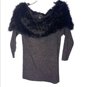 NWT Lauren Michelle faux fur off shoulder sweater